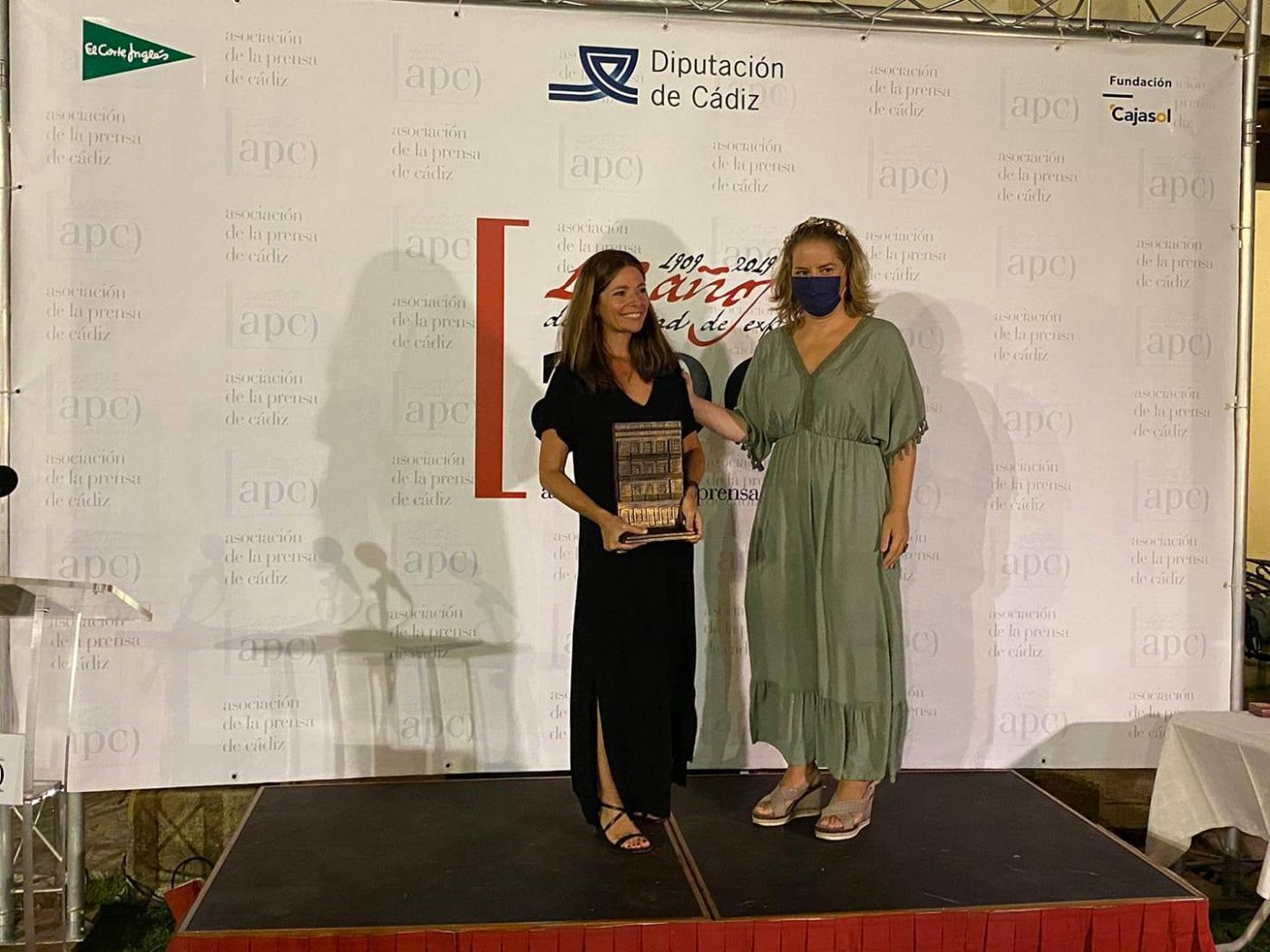 La periodista Ana Huguet y su programa