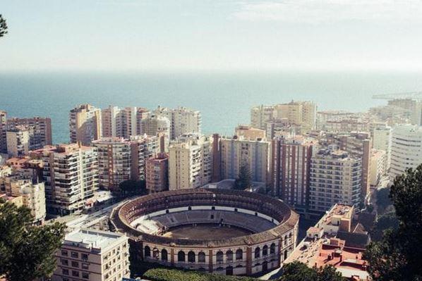 Cómo encontrar los mejores abogados en la provincia de Málaga
